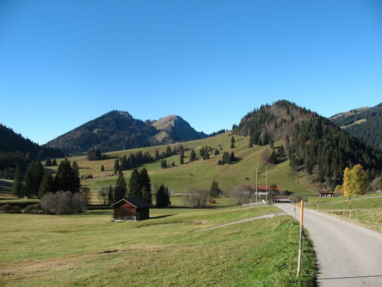 Blick auf den Hotzenberg - Bergheim Unterjoch
